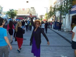 Versandra Kenenbrew in Montreal